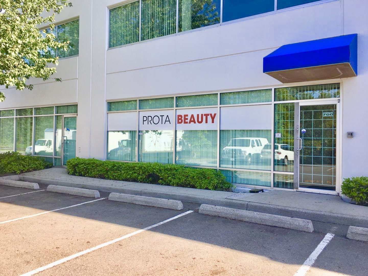 beauty supply vancouver